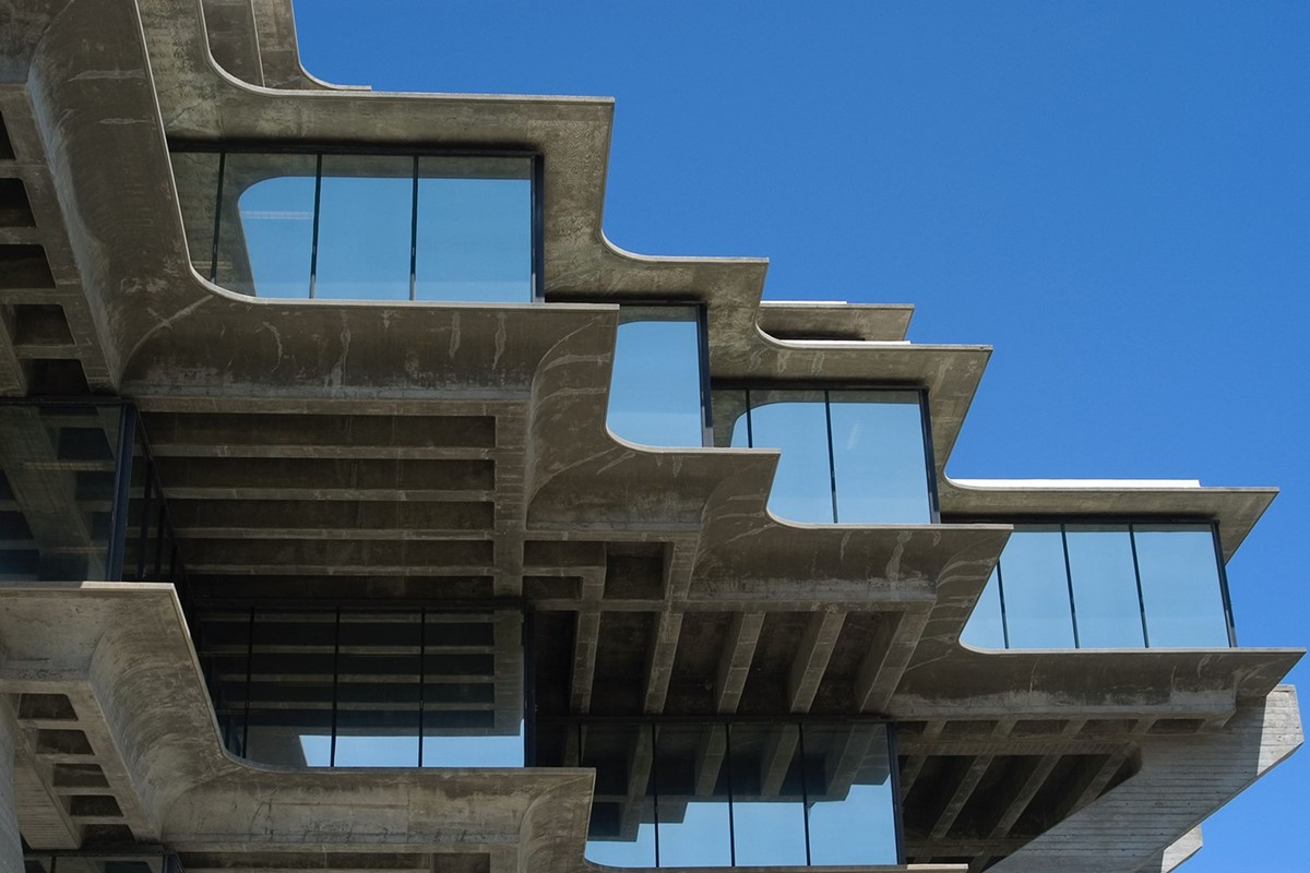 Five masterpieces that changed the face of brutalism another for Architecture brutaliste