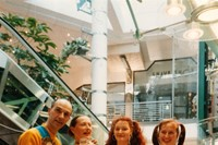 Neo Naturists, Opening a shopping centre in the Ki
