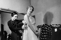 Fitting of an Alix Barton model on mannequin by Mademoiselle
