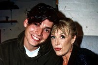 Marianne Faithfull with Alex James of Blur, 1996