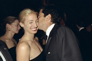 05-john-f-kennedy-junior-and-carolyn-bessette-kenn