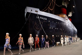 2018-19_CruiseCollection-Finale_picture_001