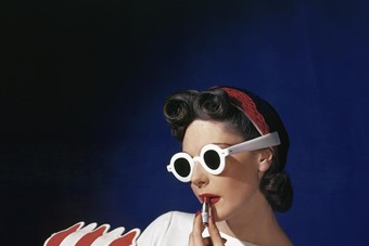 Muriel Maxwell, American Vogue cover, 1939
