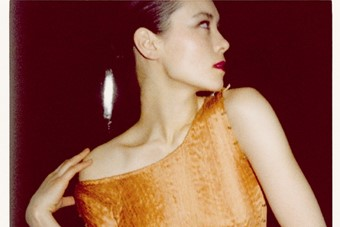 Tina Chow in her Fortuny collection, London, 1977