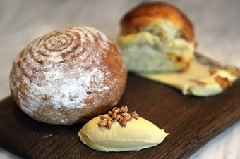 Rosemary brioche and roll with chicken skin butter and marmi