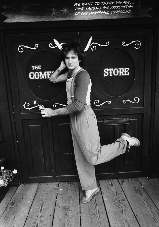Robin Williams outside the Comedy Store, 1978