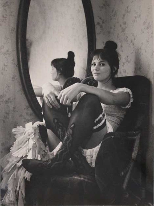 Pierluigi-Praturlon,-Claudia-Cardinale-Starring-as