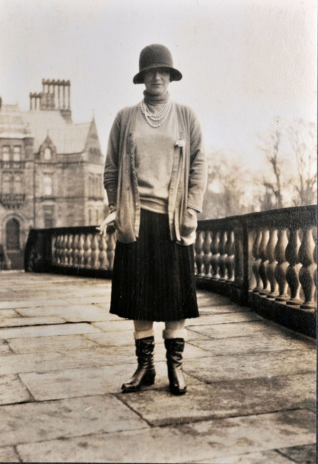 02_Gabrielle Chanel at Eaton Hall ∏_Private_Collec
