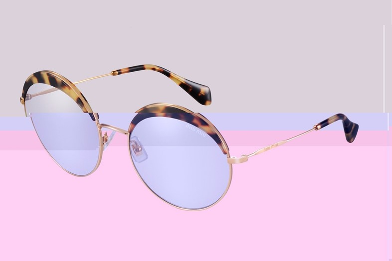 Sunglasses_Article8-glitched-a2-s5-i3-q99
