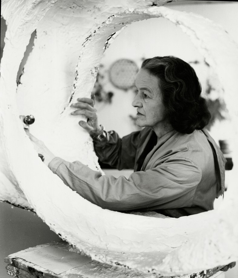 Barbara Hepworth working on Oval Form, Trezion, 19