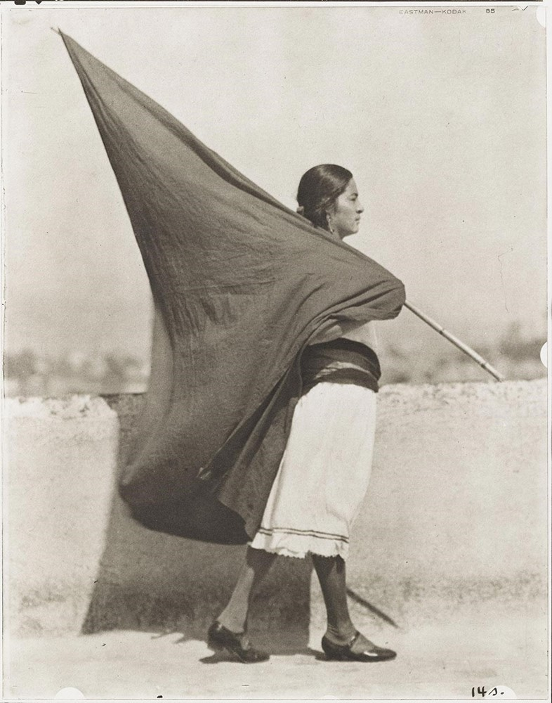 02.-Tina-Modotti_Woman-with-Flag