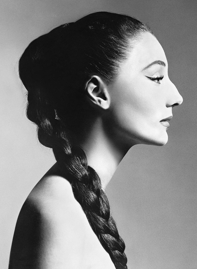 03.Jacqueline-de-Ribes-by-Richard-Avedon,-1955