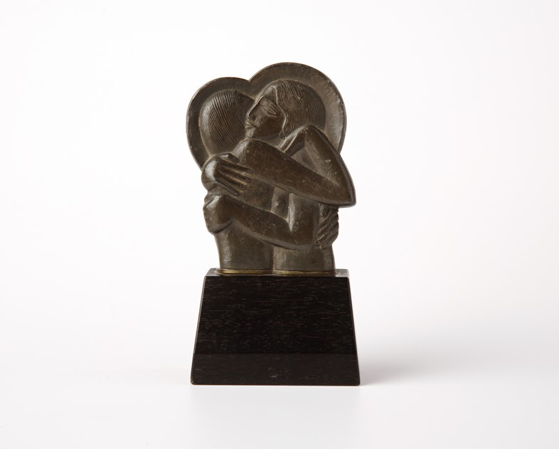 Eric-Gill,-Divine-Lovers,-1923-©-Ditchling-Museum-