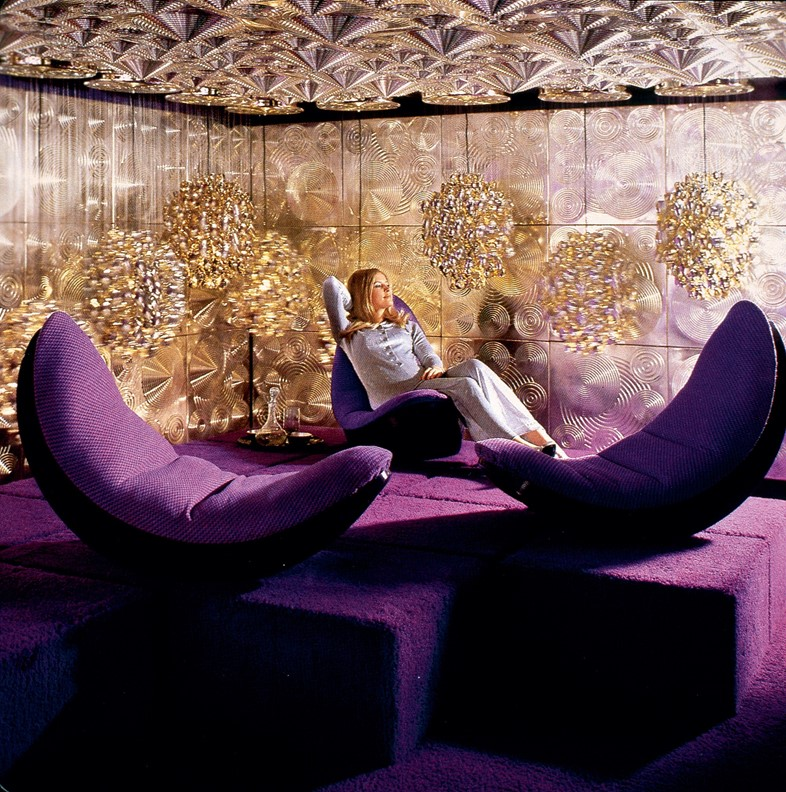 PANTON-ARCHIVE,-Easy-rocking-chaises-shown-as-part