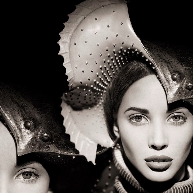 Christy-Turlington,-Manta-Ray,-The-Surreal-Thing,-