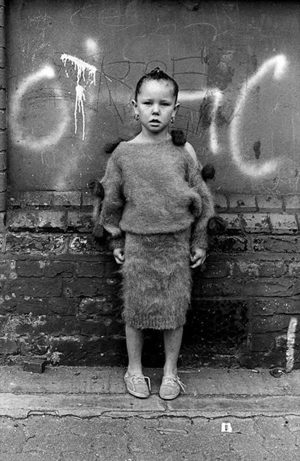 Travellers Child in London Fields, 1987