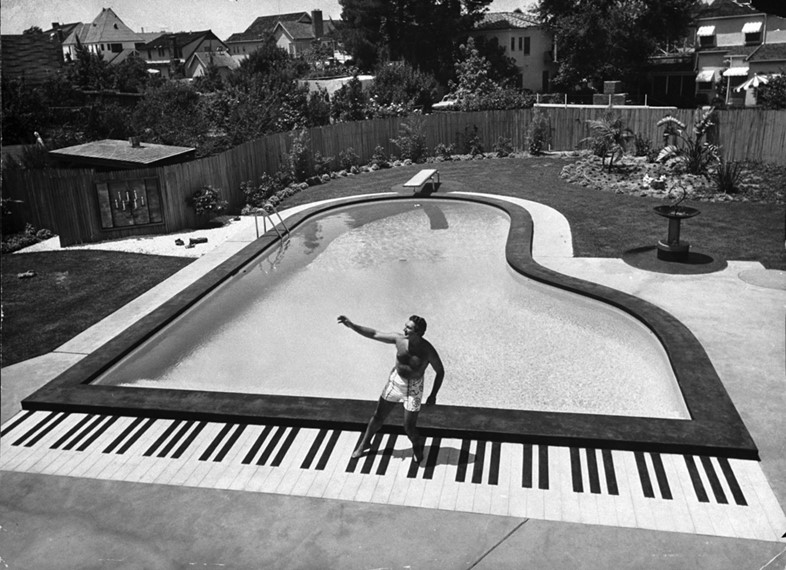 Piano-shaped pool at Liberace's house, Las Vegas