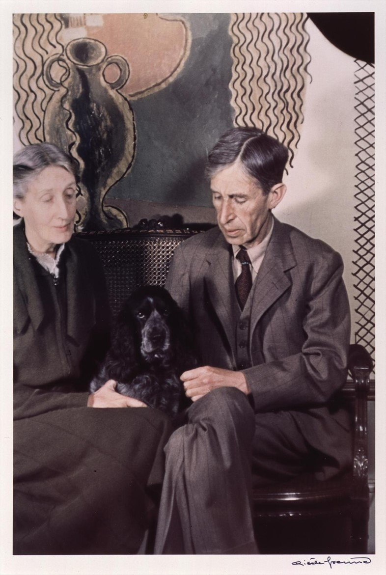 Leonard and Virginia Woolf by Gisèle Freund, 1939 © Estate G