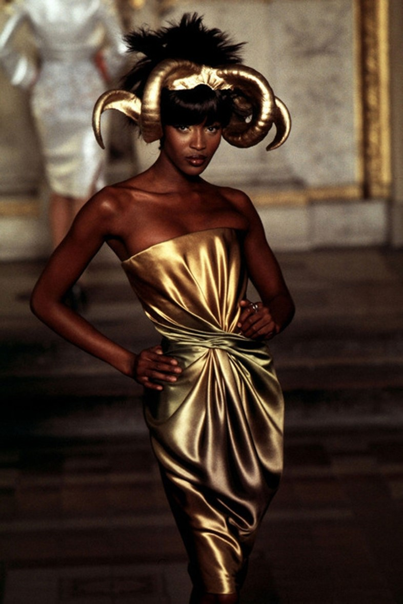 Naomi Campbell for Givenchy Haute Couture S/S97